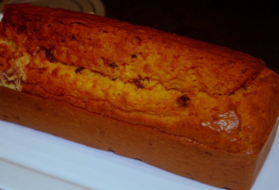 Recette de cake aux tomates, roquefort et fruits secs