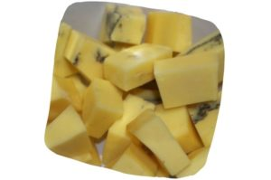 Recette de cake aux endives et morbier : dés de morbier