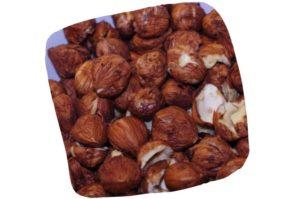 Recette de crumble aux pommes et aux noisettes : noisettes décortiquées